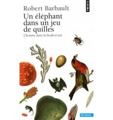 Un éléphant dans un jeu de quilles